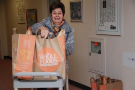 Sharon unloading Thanksgiving donations